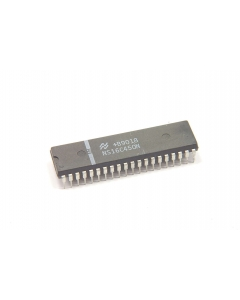 National Semiconductor Corp - NS16C450N - IC. UART. Pulls.