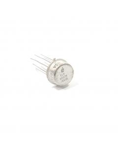Elantec - ELH0002H/883B - IC, current amplifier. Case: TO-99 metal can.